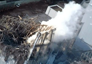 latest news Japan nuclear reactors 300x207 Japans workers struggle to bring power back to Fukushima reactor