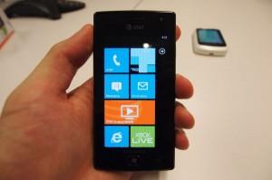 new-smart-phone-samsung-focus-flash