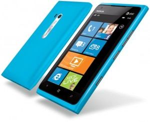 New-Nokia-Lumia-900-arrives