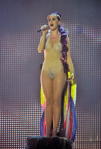 Katy-Pary-wade-awake-MMVA-2012
